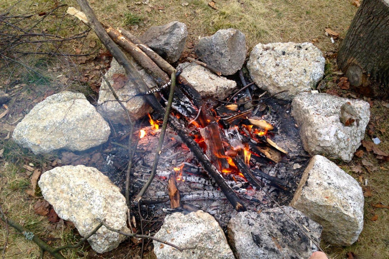 Detail veřejneho ohniste v Jablonci