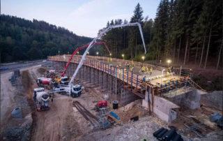 Rekonstrukce křižovatky Rádelský mlýn se sjezdem na Jablonec nad Nisou na silnice Praha-Liberec