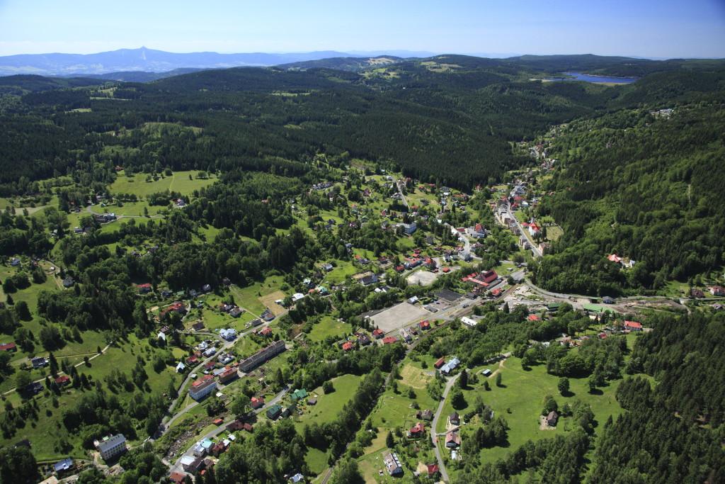 Letecký pohled na obec