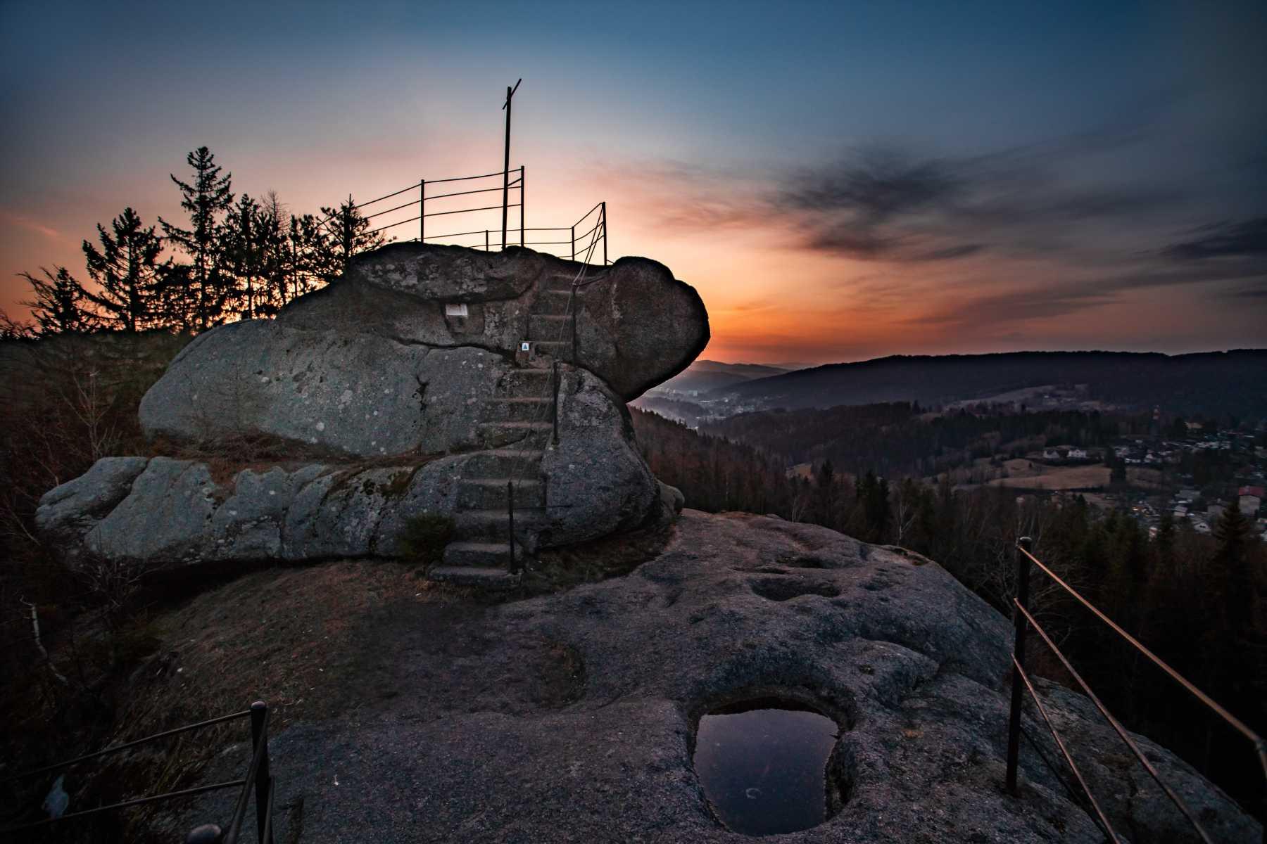 Skalní vyhlídka Finkenstein u Smržovky v Jizerských horách