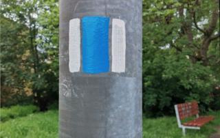 Vnitřní okruh Jabloncem pro turisty má vlastní značku, jež vznikla ve spolupráci s Klubem českých turistů. Tvoří ji čtverec 10 x 10 centimetrů – bílé svislé pruhy lemují vnitřní pruh modré barvy
