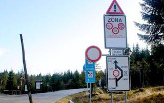 silnice II/290 v úseku Desná, Souš – Smědava se na zimu pravidelně uzavírá