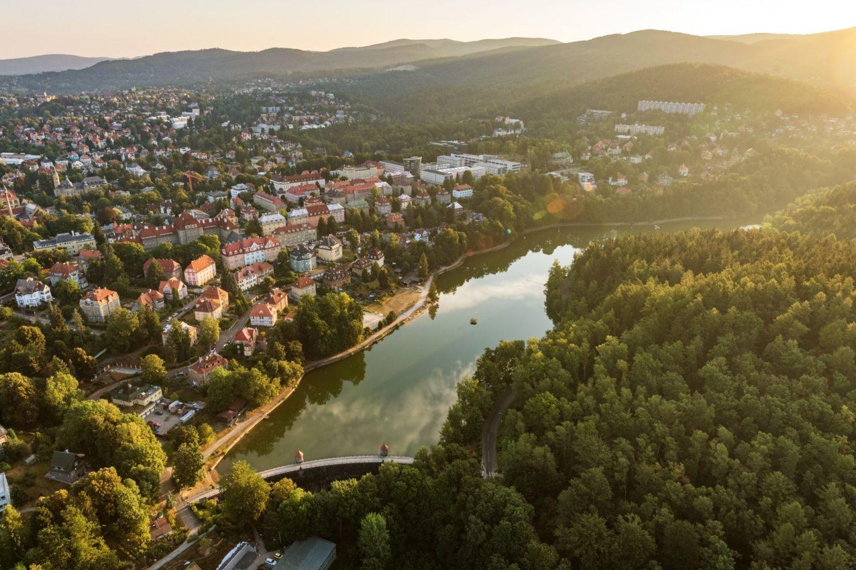 Letecký pohled na přehradu Harcov - Liberec.