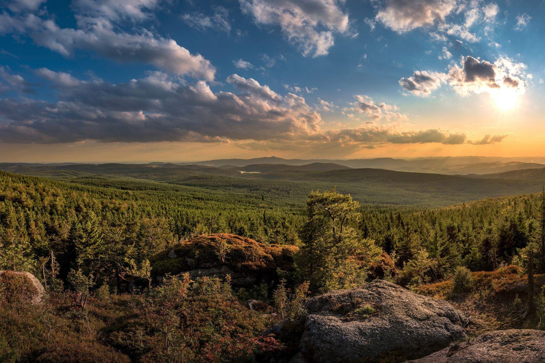 Západ slunce u vyhlídky Ptačí kupy - Jizerské hory