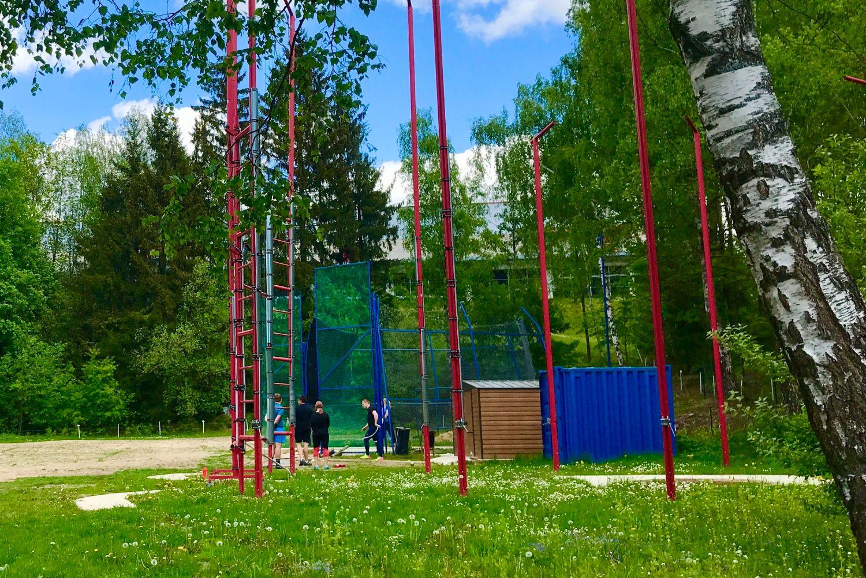 Běžecká dráha v přírodním sportovním areálu Srnčí důl (Areál zdraví) v Jablonci nad Nisou