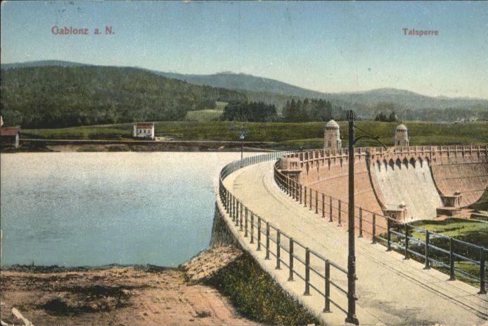 Hráz jablonecké přehrady na historické pohlednici