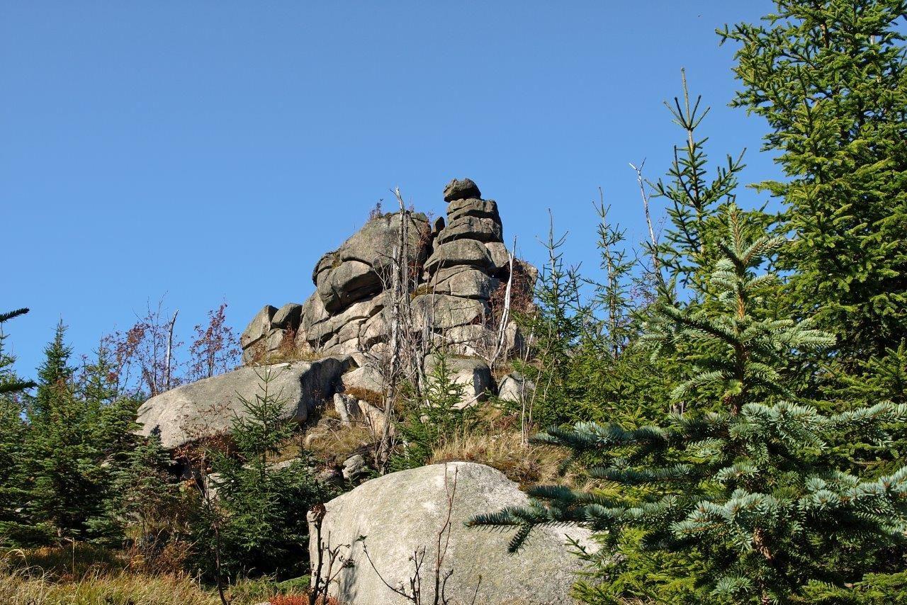 Uskupení skal Pytlácké kameny v Jizerských horách