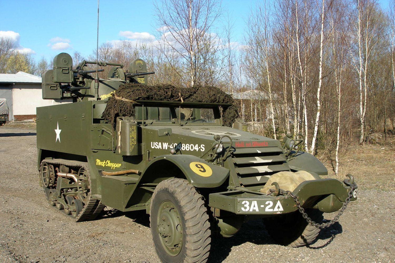 terénní vojenské vozidlo – Tank na sněhu – Muzeum obrněné techniky Smržovka