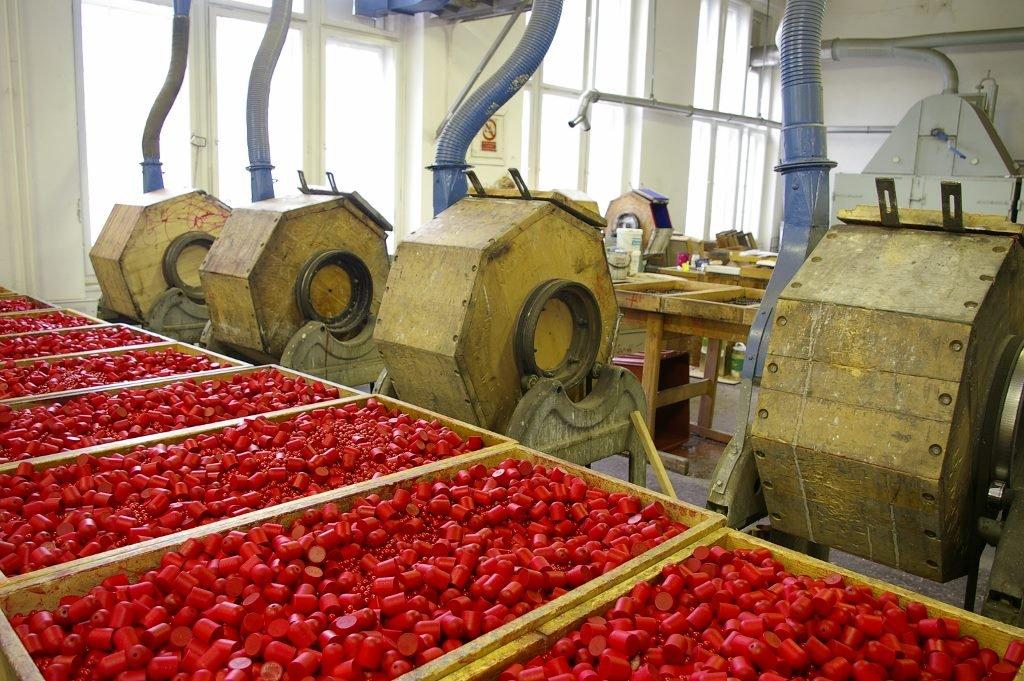 Výroba s tradicí - dřevěné komponenty v továrně na hračky Detoa – Albrechtice v Jizerských horách