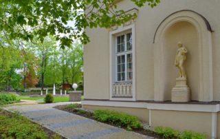 Löblova vila v Jablonci nad Nisou, dnešní Ex restaurant - pohled do zahrady,