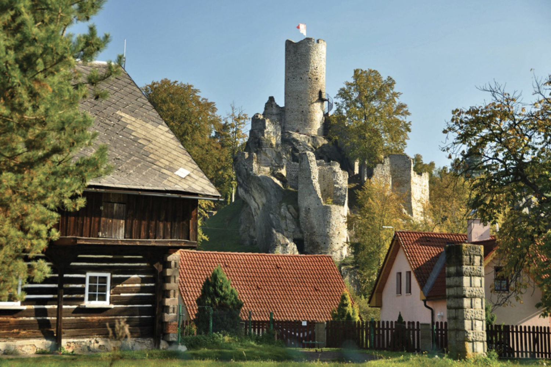 Chalupy pod hradem Frýdštejn