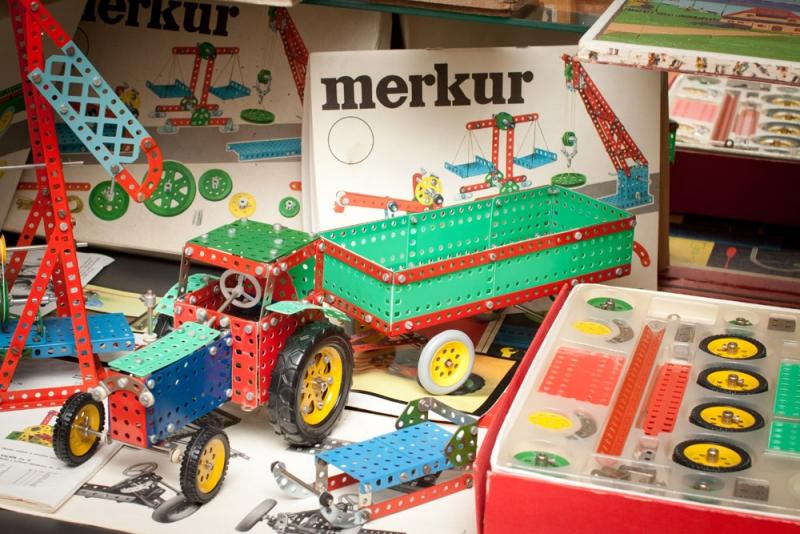 Legendární kovová stavebnice Merkur v Muzeu hraček v Jablonci nad Nisou