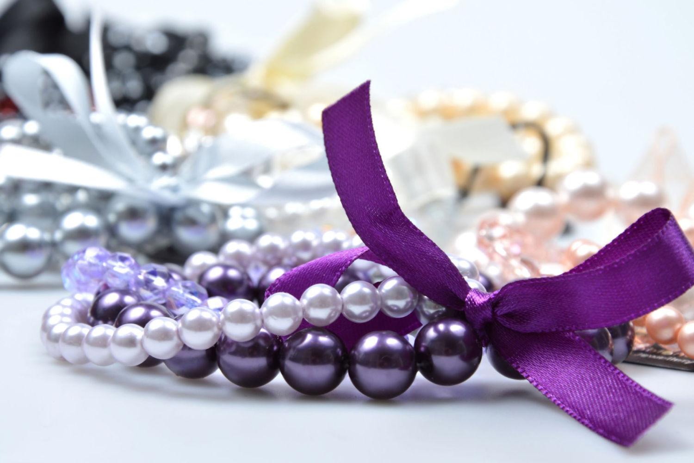 Náramek ze skleněných perlí ve fialových odstínech v Palace Plus v Jablonci nad Nisou