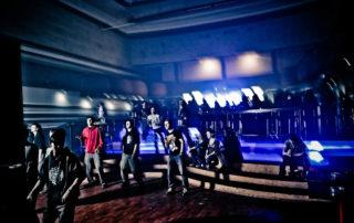 Interiér hudebního klubu Woko v Jablonci nad Nisou, který vznikl přestavbou původního kina - pódium a sál