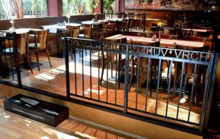 Interiér restaurace Žižkův Vrch v Jablonci nad Nisou